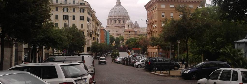 Bed and Breakfast La Stazione del Vaticano - Rome - Outdoor view