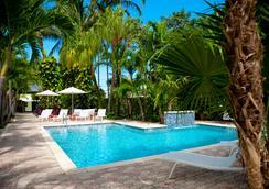 Almond Tree Inn - Key West - Kolam