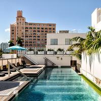Posh South Beach Hostel, a South Beach Group Hotel Rooftop Pool