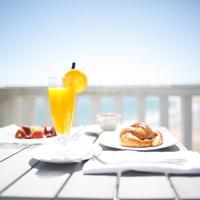 Hotel Chiqui Desayuno en la terraza