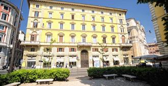 Inn Rome Rooms & Suites - Roma - Bangunan
