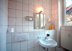 Hotel Aster - Berlin - Kamar Mandi