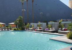 Luxor Hotel and Casino - Las Vegas - Kolam