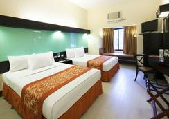 Microtel Inn & Suites by Wyndham Boracay - Malay - Kamar Tidur