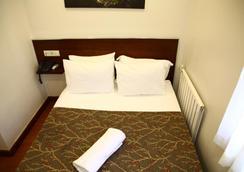 Büyükada Comfort Hotel - Istanbul - Kamar Tidur