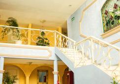 Hotel Posada del Sol Inn - Torreon - Lobi