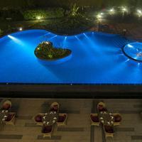Radisson Blu Plaza Hotel Mysore Pool