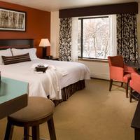Hotel Aspen Guest room