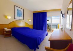 Hotel Poseidón Playa - Benidorm - Kamar Tidur