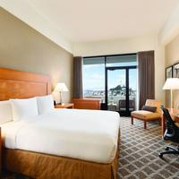 Hilton San Francisco Financial District Guestroom