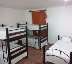 Loft 10 Hostel