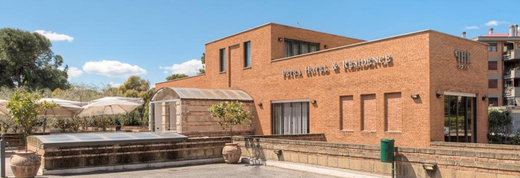 Hotel Petra - Rome - Building