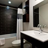 Shelter Hotel Los Angeles Bathroom