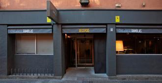 Chic & Basic Ramblas - Barcelona - Bangunan