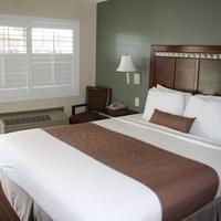 El Castell Motel King Bed