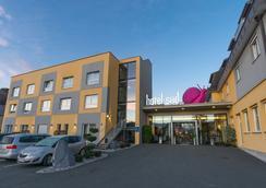Hotel Süd - Graz - Pemandangan luar