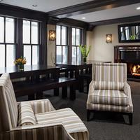 City Suites Hotel Living Area