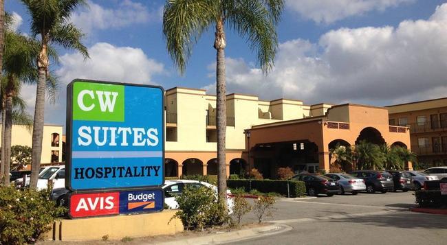 Cw Suites Hotel John Wayne Airport - Santa Ana - Building