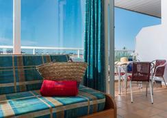 Aparthotel Costa Encantada - Lloret de Mar - Kamar Tidur
