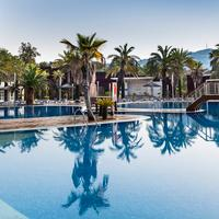Aparthotel Costa Encantada Outdoor Pool
