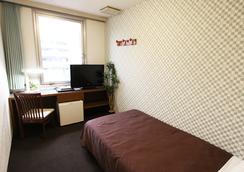 Hotel Livemax Tokyo-kiba - Tokyo - Kamar Tidur