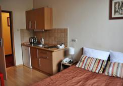 Maly Krakow Aparthotel - Krakow - Kamar Tidur