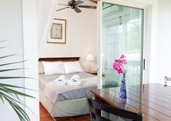 Two Sandals by the Sea Inn - B&B - Saint Thomas Island - Kamar Tidur