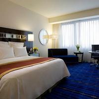 Hong Kong SkyCity Marriott Hotel Guest room