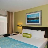 SpringHill Suites by Marriott Houston Hobby Airport Guest room
