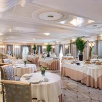 Grand Hotel Des Bains Breakfast Area