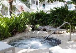 Paradise Inn Key West-Adults Only - Key West - Atraksi Wisata