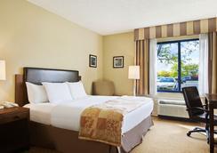 Radisson Hotel at The University of Toledo - Toledo - Kamar Tidur