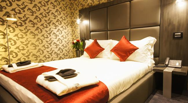 The Bryson Hotel - London - Bedroom