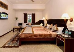 Merit Hotel - Agra - Kamar Tidur