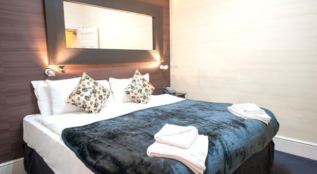159 Knightsbridge Hotel - London - Bedroom
