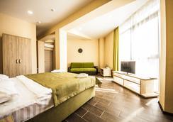 Hotel Pelikan - Krasnodar - Kamar Tidur