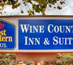 Best Western PLUS Wine Country Inn & Suites