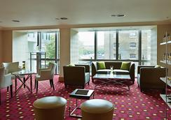 Marriott Executive Apartments London West India Quay - London - Lobi