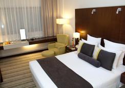Avari Dubai Hotel - Dubai - Kamar Tidur