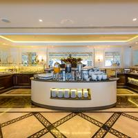 Elite World Business Hotel Dining