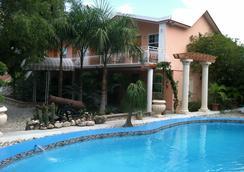 Palm Inn hotel - Port Au Prince - Kolam