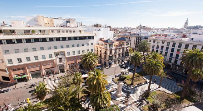 Hotel Derby Sevilla - Sevilla - Building
