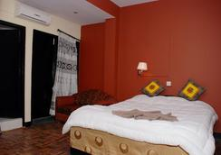 Peak Point Hotel - Kathmandu - Kamar Tidur