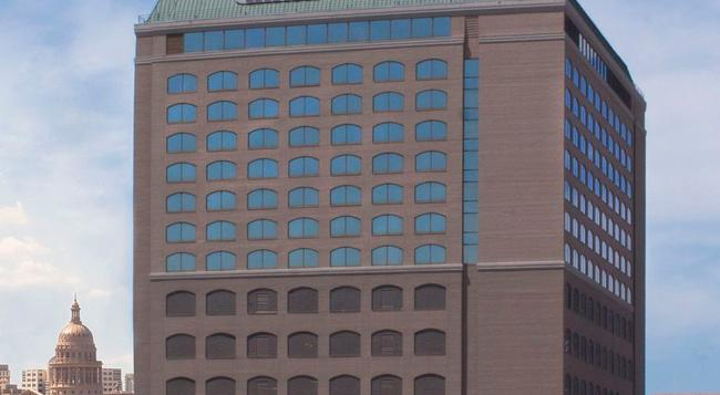 Hilton Garden Inn Austin Downtown/Convention Center - Austin - Building