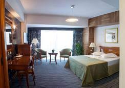 Oltenia Hotel - Craiova - Kamar Tidur