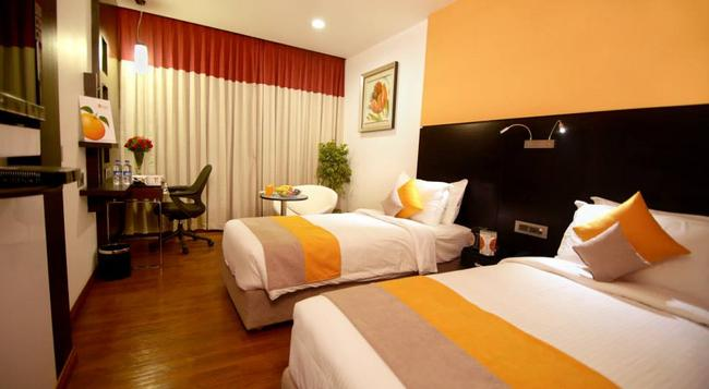 Astoria Hotels by Sparsa - Madurai - Bedroom