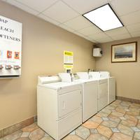 Quality Inn & Suites Seattle Center Laundry Room