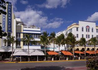 Hotel Breakwater South Beach