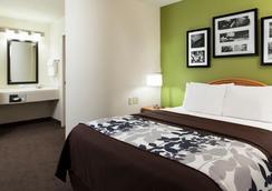 Sleep Inn & Suites Airport - Omaha - Kamar Tidur
