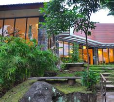 The Batu Villas - Hostel
